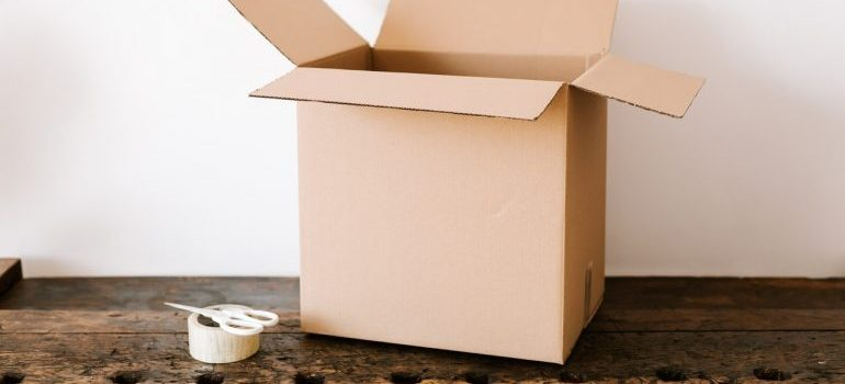 Proper moving supplies you will use when you pack furniture for relocation.