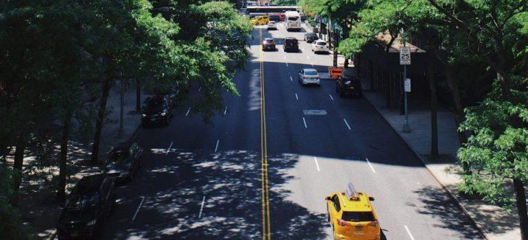 traffic on Manhattan street