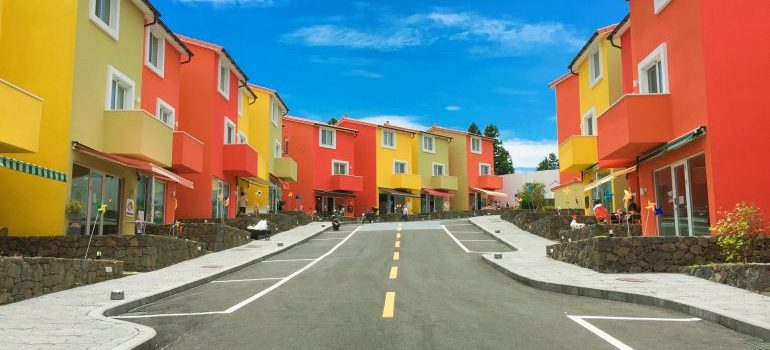 yellow and red houses