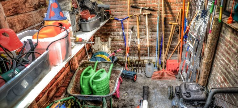 Gardening tools - Unpack your garage tools